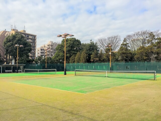 tenisu ko-to yoyaku